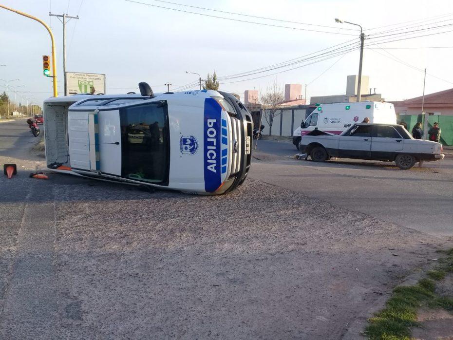 Los conductores no sufrieron heridas de gravedad.